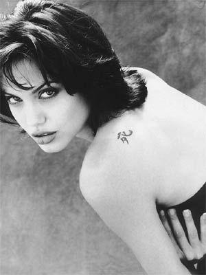 Angelina Jolie - 28
